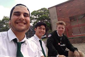 Le scuole australiane spesso riflettono la ricca diversita culturale delle comunità locali